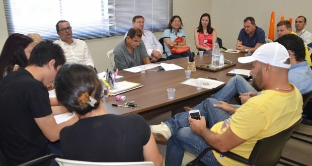 Compareceram cinco empresas para participar da licitação - Valdir Silva