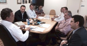Diversos assuntos importantes relacionados a políticas públicas habitacionais para Ubiratã foram tratados na COHAPAR - Robson Alexandre