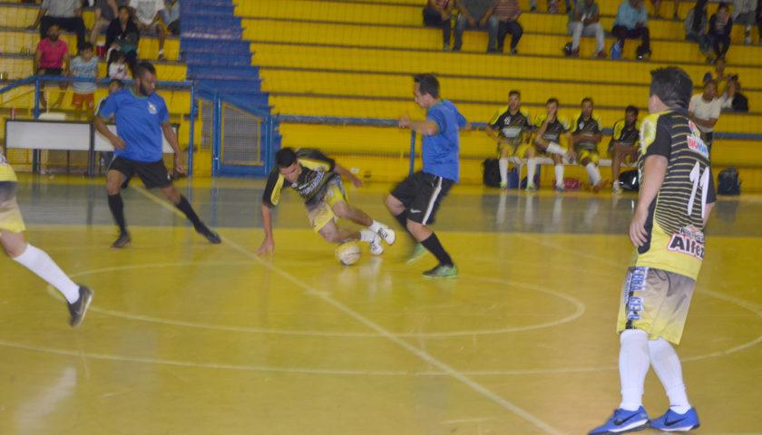 Campeonato Municipal de Futsal movimenta esporte em Ubiratã