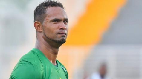 Justiça autoriza goleiro Bruno a dar aulas de futebol para crianças