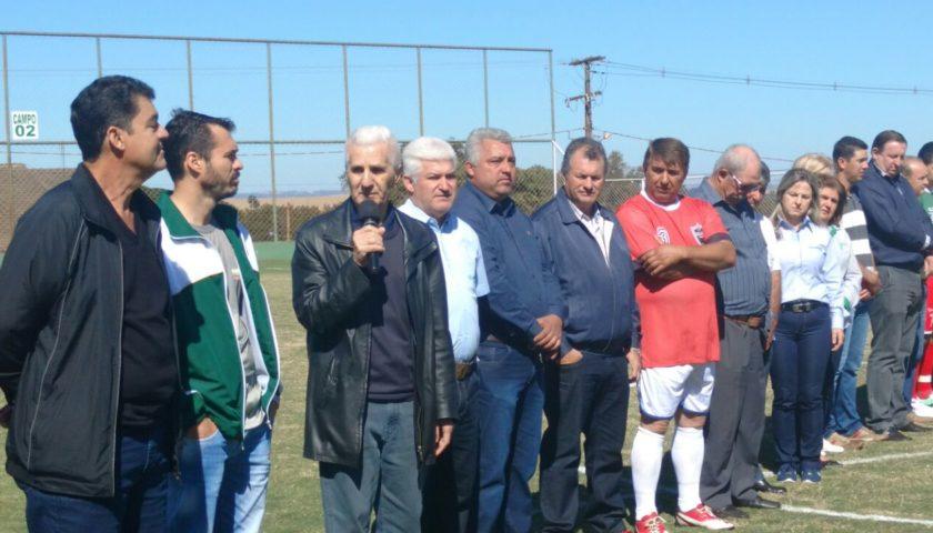 FASE DE CLASSIFICAÇÃO: Vice-prefeito Nil Pereira prestigiou fase municipal do Coopersuiço