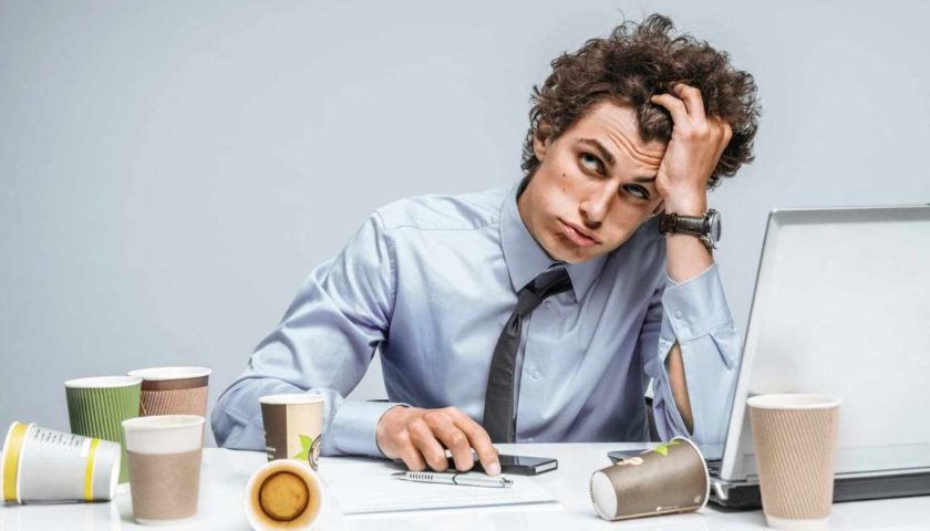 Conheça a síndrome da fadiga crônica e os principais sinais de alerta