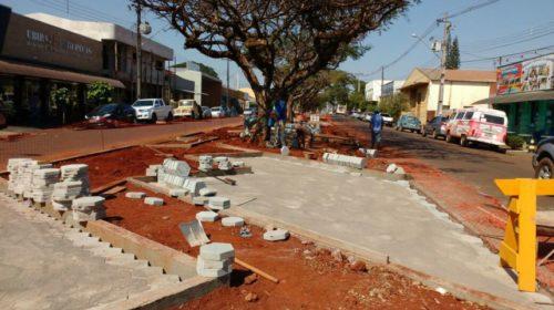 """""""Cara"""" Nova: Obras de revitalização da Avenida Ascânio avançam"""