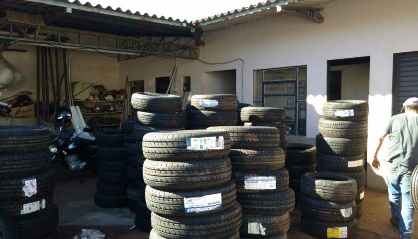 ECONOMIA: Prefeitura de Ubiratã recebe doação de 182 pneus da Receita Federal